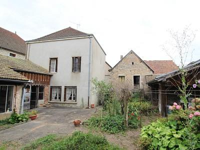 MAISON A VENDRE - CLUNY - 182 m2 - 168000 €