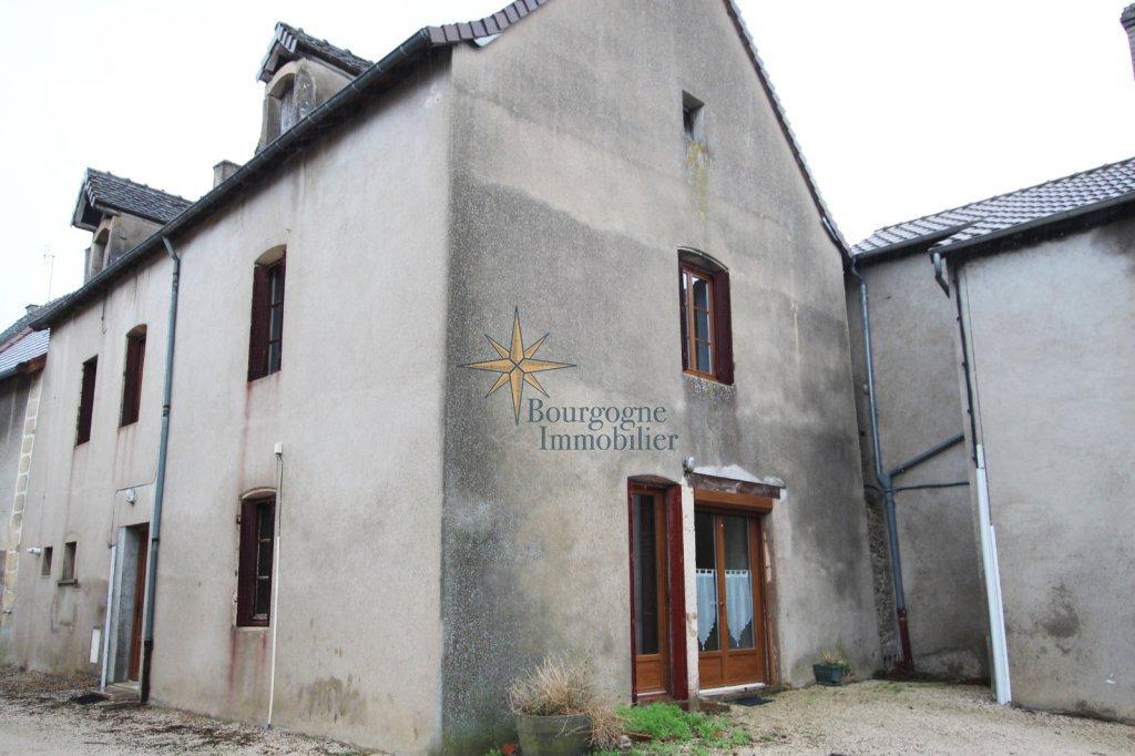 MAISON A VENDRE - SENNECEY LE GRAND - 142 m2 - 79000 €